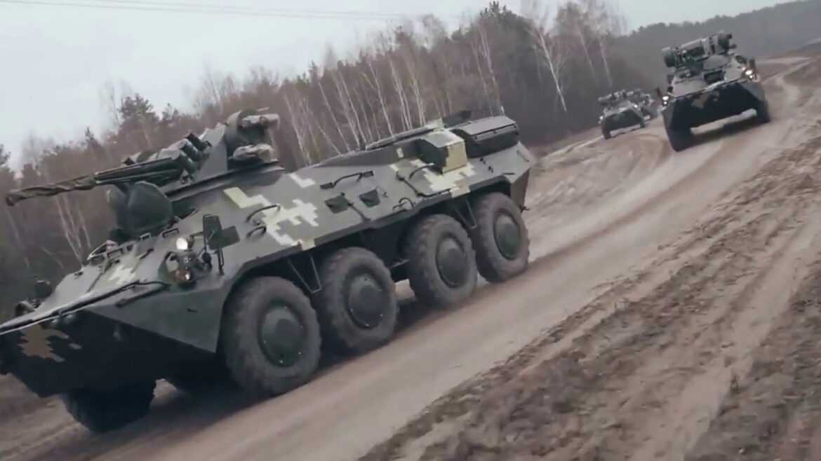 The Armed Forces of Ukraine received a batch of restored BTR-80
