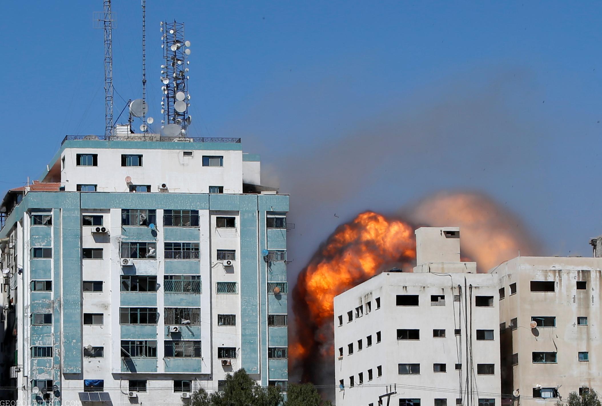BREAKING: Israel Airforce destroyed Al-Jazeera building in Gaza