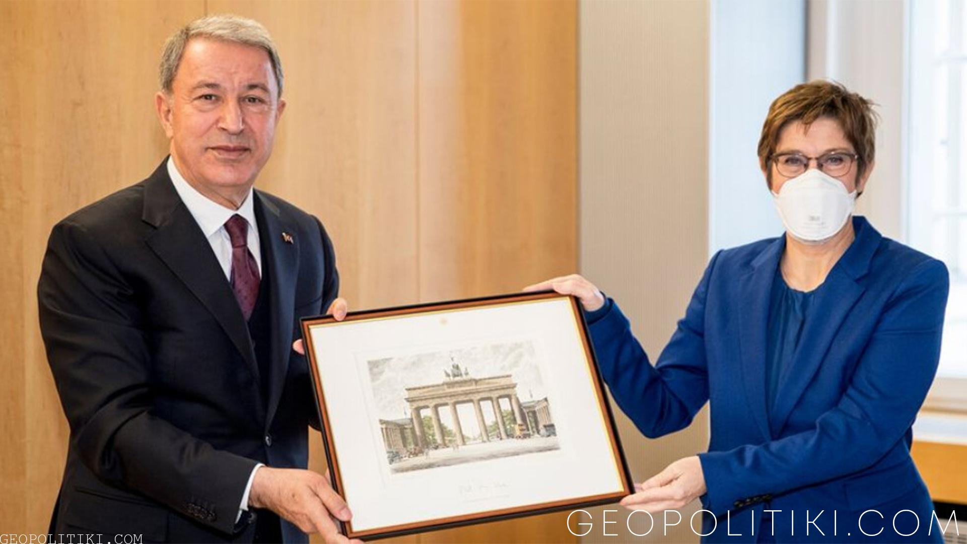 GERMAN-TURKISH ALLIANCE: Ministers' of defense meeting in Ankara for Altay Tanks